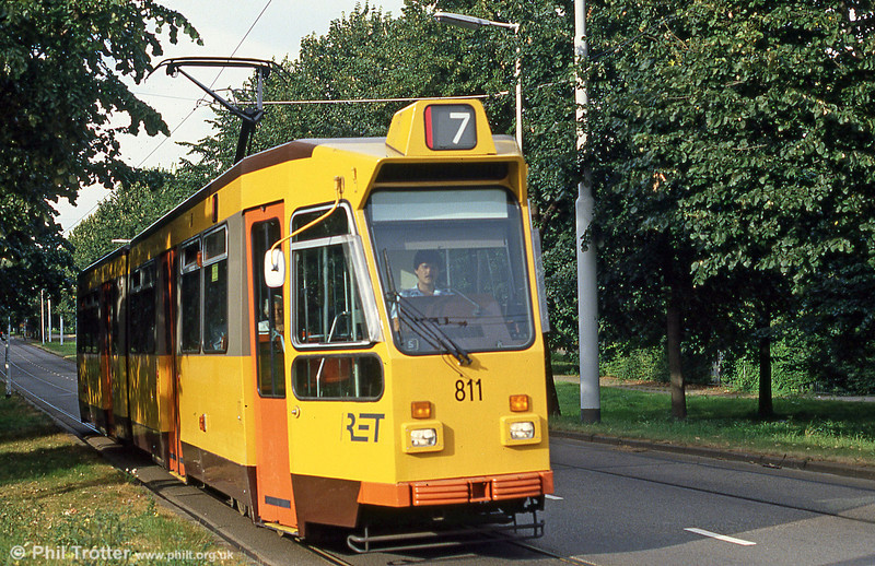 Car 811 at Burgemeester Oudlaan on 5th August 1990.