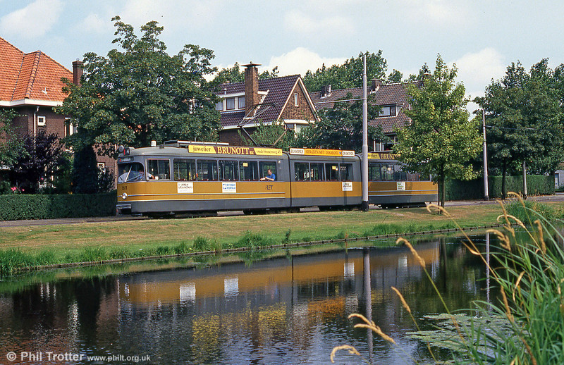Car 1611 at Molenlaan on 5th August 1990.