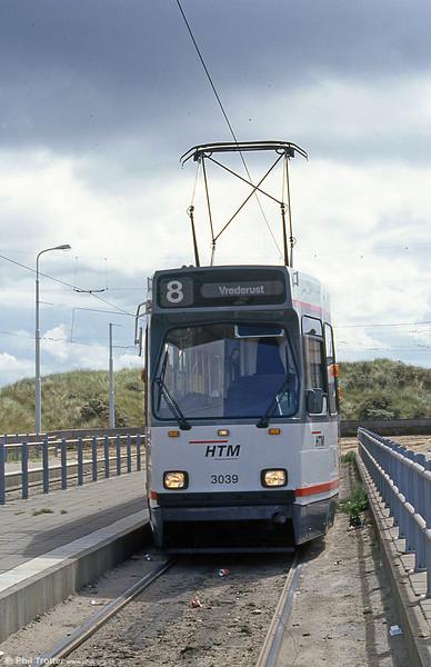 Car 3039 at Scheveningen on 6th April 1990.
