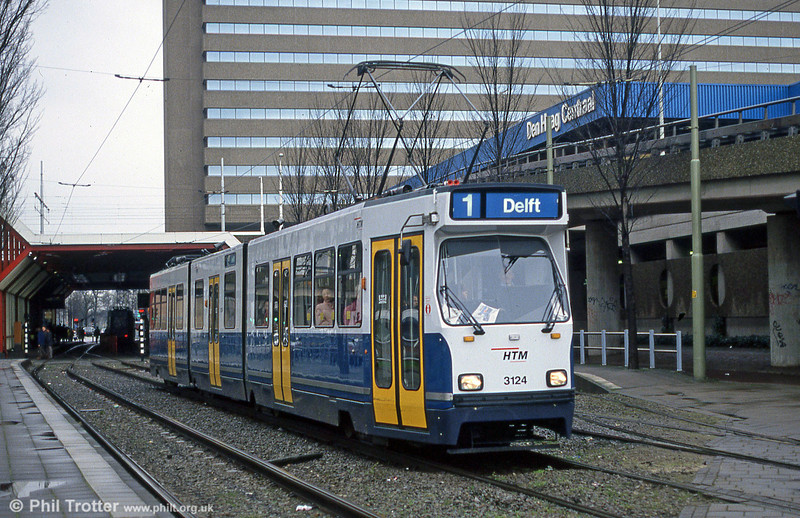 Car 3124 at Centraal Station on 15th April 1994.