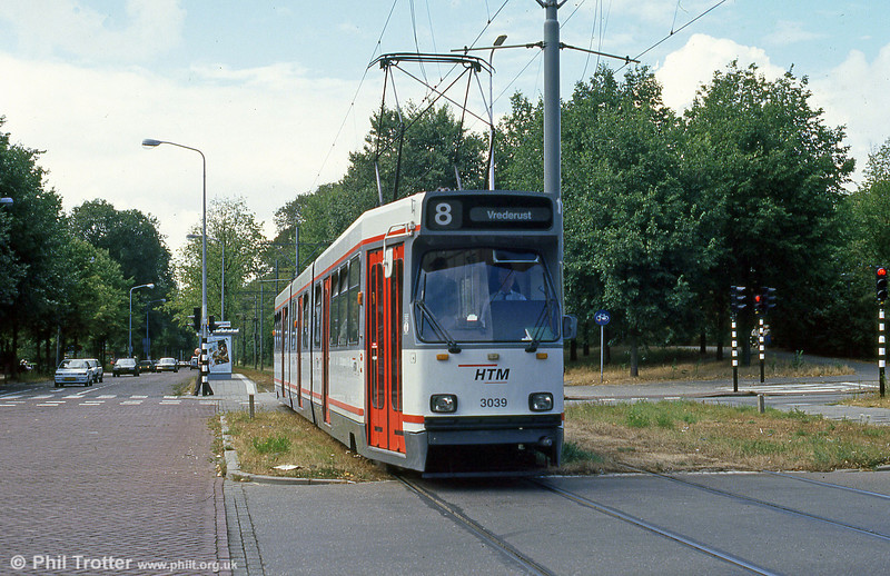 Car 3039 at Scheveningse Weg on 6th August 1990.