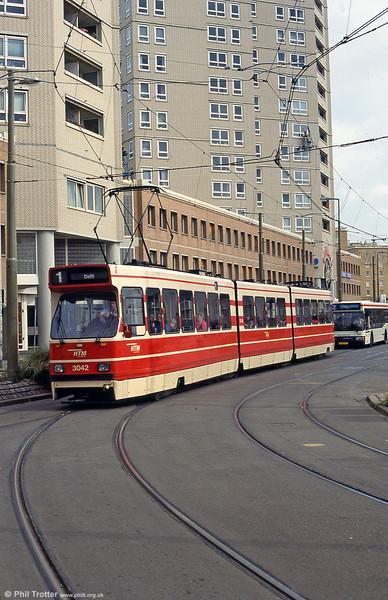 Car 3042 at Scheveningen on 15th April 1994.