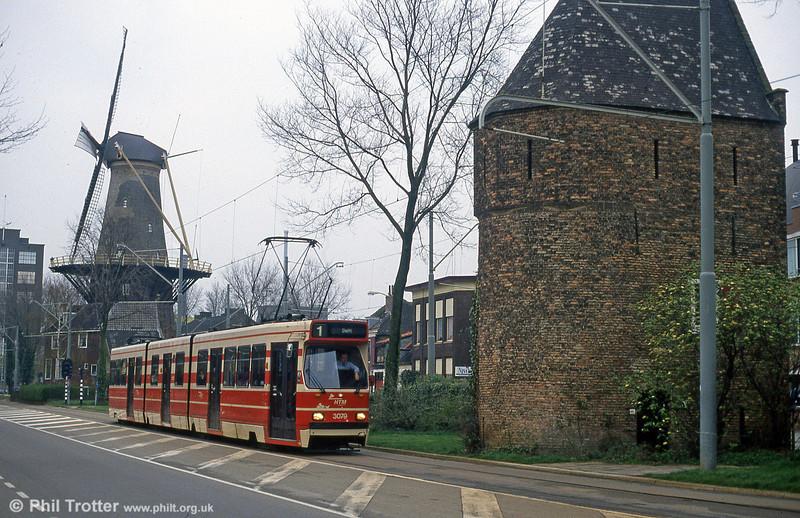 Car 3079 at Delft on 15th April 1994.