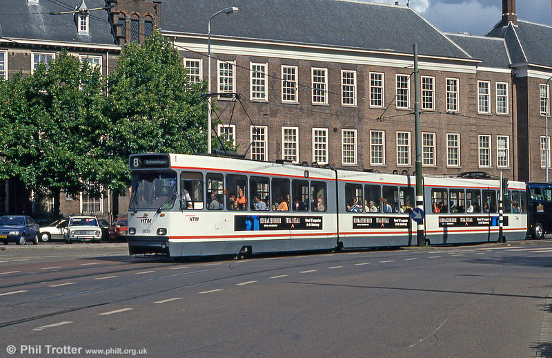 Car 3039 at Hof Weg on 6th August 1990.