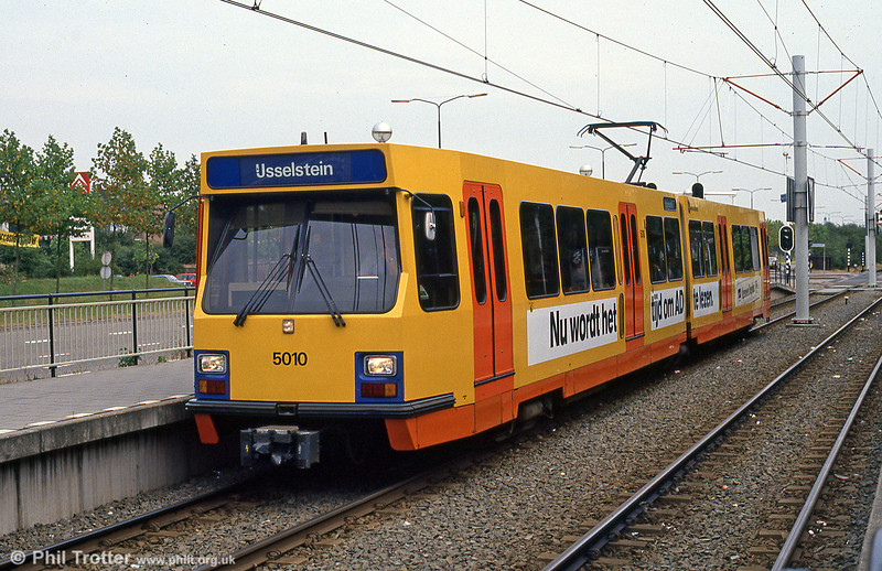 Car 5010 at Batau Noord on 8th August 1990.
