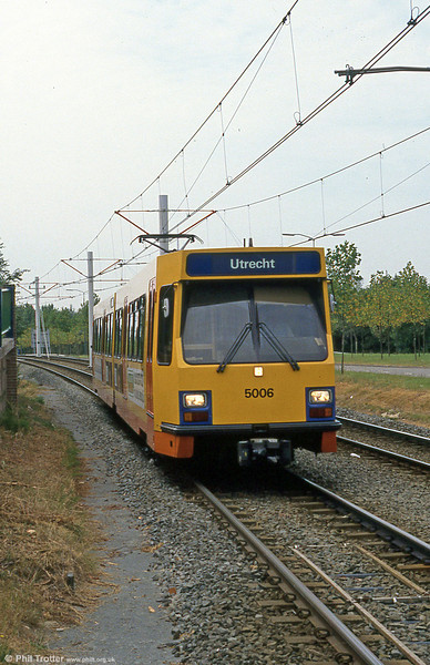Car 50106at Batau Noord on 8th August 1990.