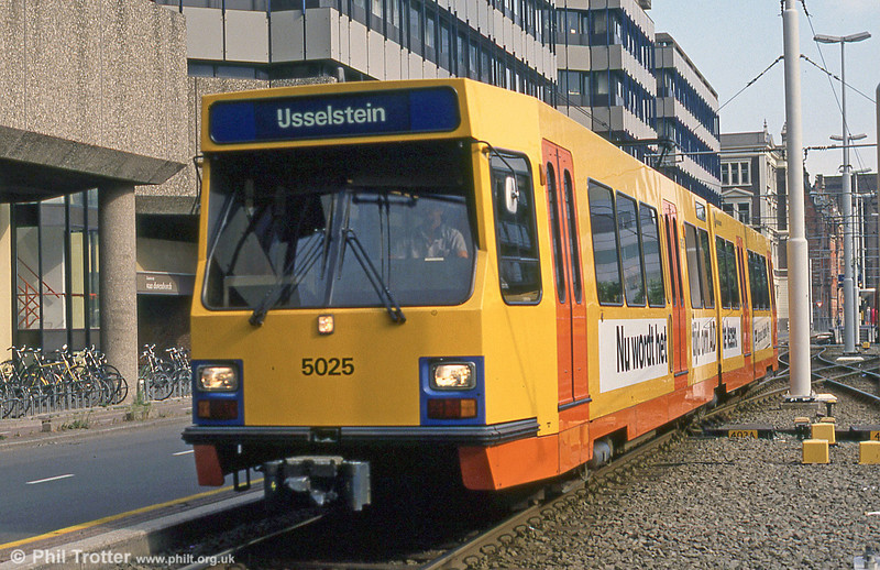Car 5025 at Utrecht on 7h August 1990.