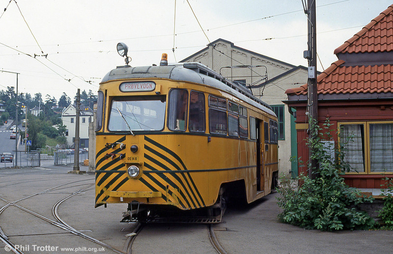 Former Ekebergbanen 1004 of 1960, now works car OS148 at Holtet Depot on 5th August 1991.