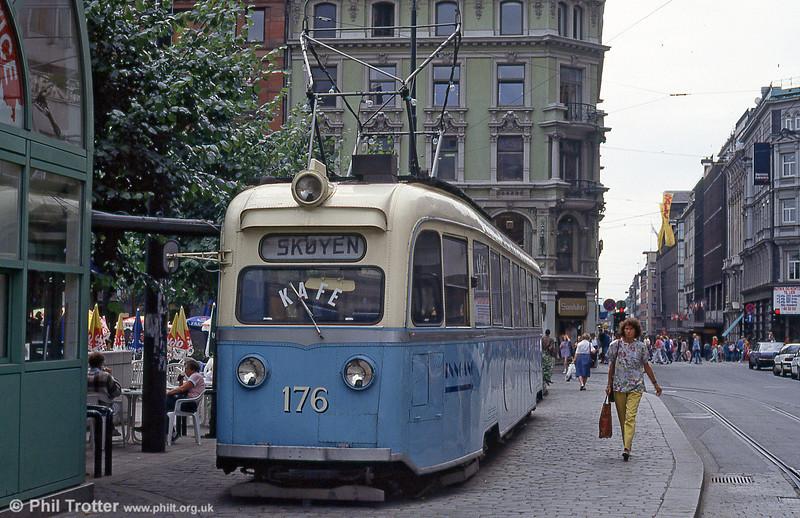 Car 176 built by Skabo-AEG-ELIN in 1939, at Stortorvet on 5th August 1991.