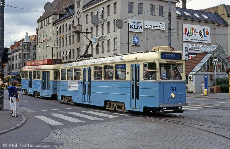 Oslo 251 at Jernbanetorget, 8th August 1991.