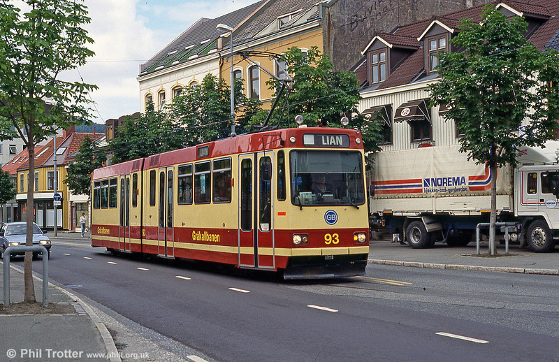 Car 93 at Kongens Gate on 7th August 1991.
