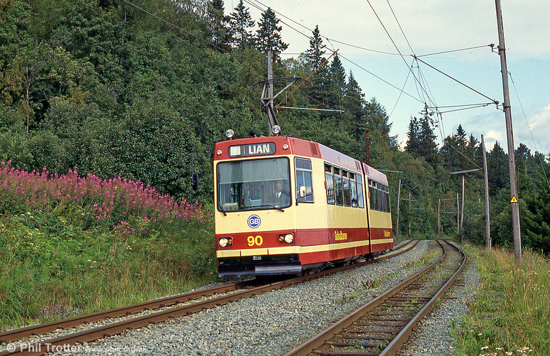Car 90 at Hoem on 7th August 1991.