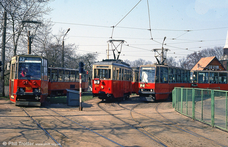 Szczecin Konstal 4N car 233 between Konstal 105Na 780 and Konstal 105N 666 at Pomorzany terminus.