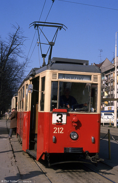 Szczecin 4N car 212 near Brama Portowa on 16th April 1993.