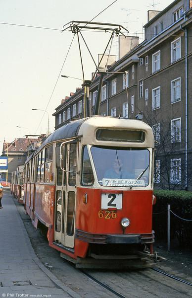 Konstal 102Na 626 at Brama Portowa. These were pretty much a blatant copy of the Czech Tatra T1 cars.