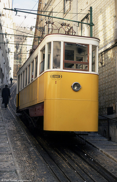 Lavra car 1 on 25th November 1993.