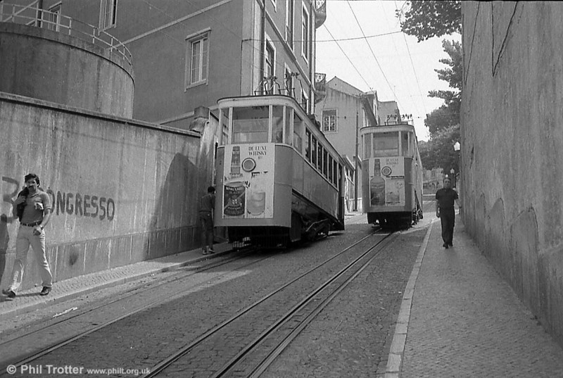 Gloria funicular cars 1 and 2 passing in July 1983.