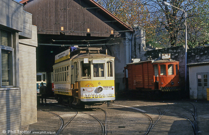 Oporto car 220 and works car 76 (since preserved) at Massarelos depot on 26th November 1993. The depot is nowadays the Oporto Tramway Museum.