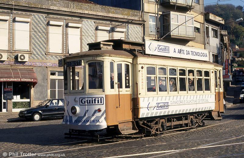Oporto 221 again at the junction of Rua Restauração and Alameda de Basilio Teles on 26th November 1993.