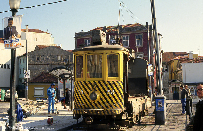 Works car 58 at Infante on 26th November 1993. 58 has since been preserved as part of the Oporto museum collection.