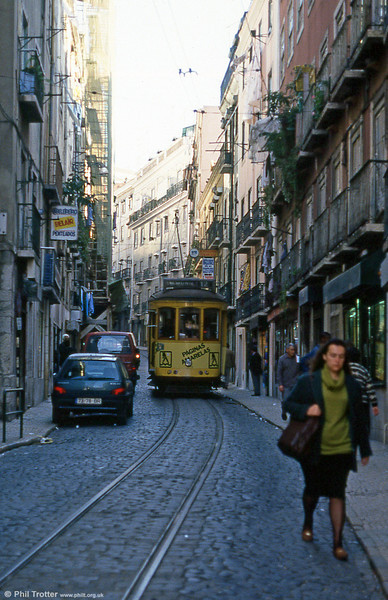 Car 726 at Rua São Lázaro on 24th November 1993.