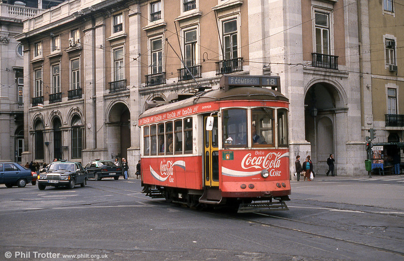 Car 701 at Praça do Comércio on 23rd November 1993.