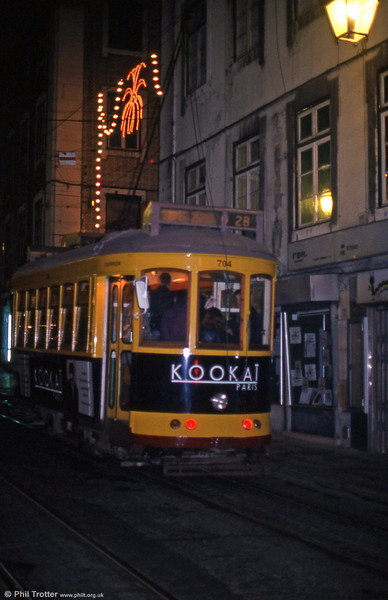 Car 704 at Rua Da Conceição on 27th November 1993.