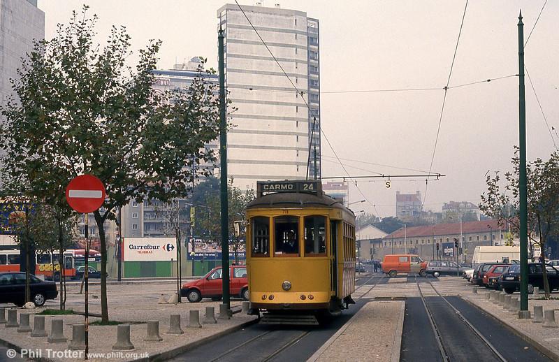 Car 711 at Amoreiras on 27th November 1993.