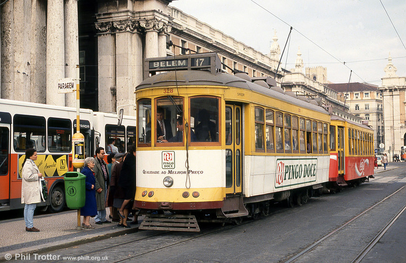 Car 328 at Praça do Comércio on 23rd November 1993.