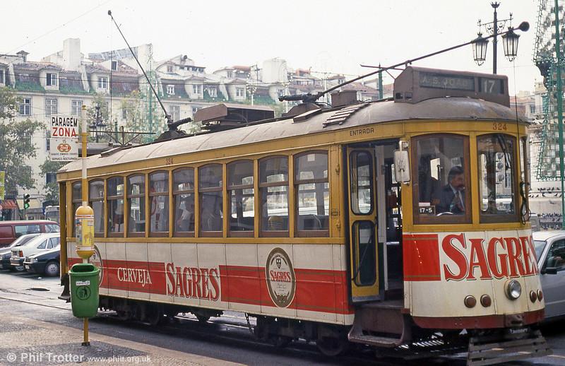 Car 324 at Praça da Figueira on 22nd November 1993.