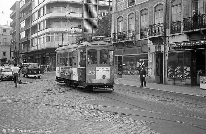 Lisbon 262 on driver training duty. The trucks and motors on these trams were 'recycled' from Lisbon's first electric cars.
