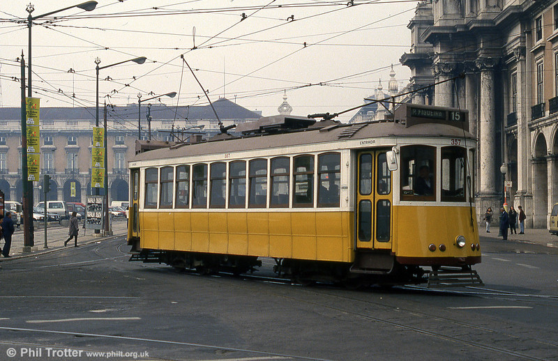 Car 357 at Praça do Comércio on 27th November 1993.