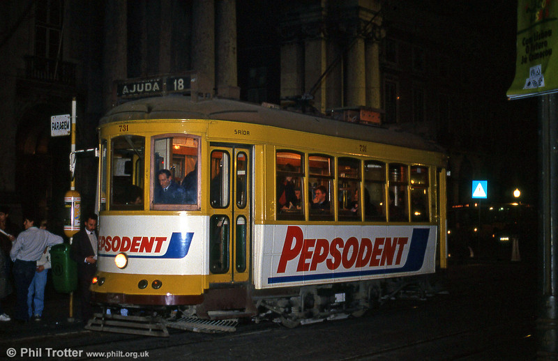 Car 731 at Praça do Comércio on 25th November 1993.