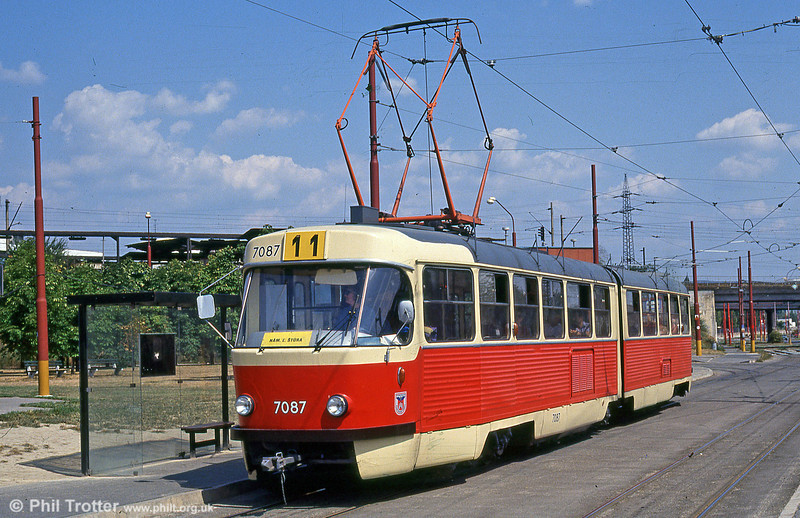 Bratislava Tatra K2 7087 at Vinohrady turning circle on 16th August 1992. 7087 is a K2YU originally intended for use in Yugoslavia.