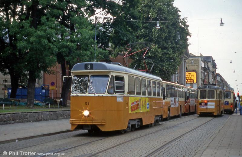 Car 139 at Knäppingsborgsgatan on 2nd August 1991.