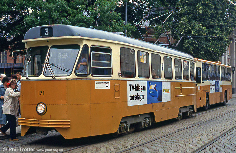 Car 131 at Knäppingsborgsgatan on 2nd August 1991.