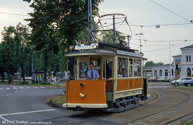 Norrkoping vintage car 1 near the railway station on 2nd August 1991. Vintage cars are run for visitors during the summer.