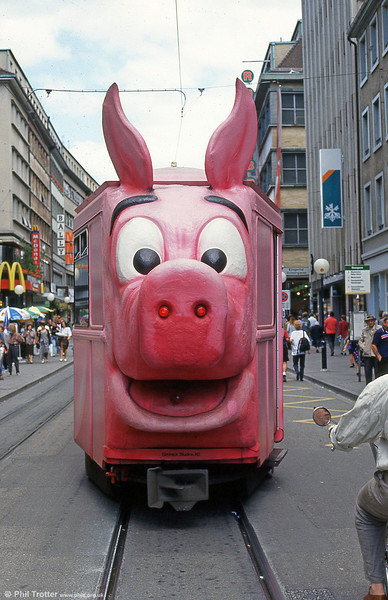 Trailer 1322 decorated as a Piggy Bank, to promote a bank chain at Rheingasse on 31st July 1993.