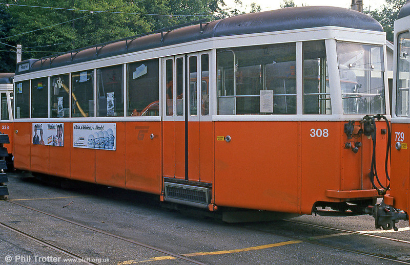 1951-built trailer 308 in the care of AGMT at Carouge on 4th September 1989. Trailers 301-315 were built by the firm 'Flug-und Fahrzeugwerke Altenrhein'. Delivery to CGTE took place in 1950-1951.