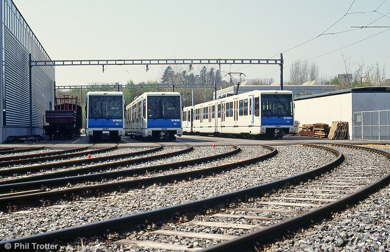 A general depot view at Dorigny with cars 207, 201 and 205.