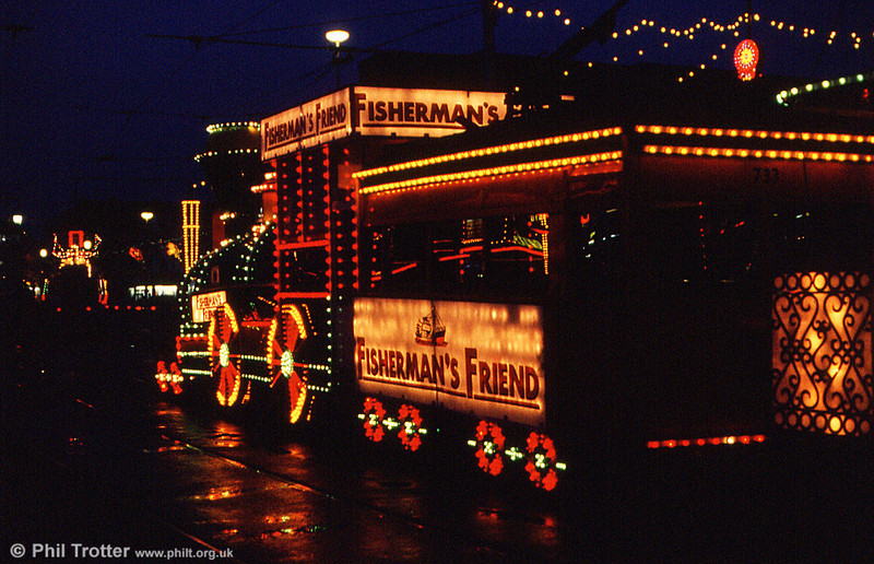 Illuminated cars 733+734 at Talbot Square on 27th October 1990.