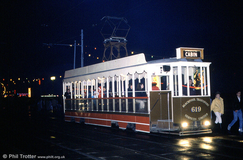 Vanguard 619 on an evening lights tour at Talbot Square on 27th October 1990.