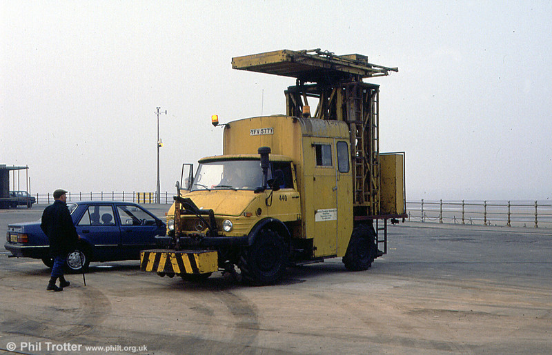 The 'Unimog' Tower Wagon 440 (YFV 577Y) on the promenade on 1st April 1990.