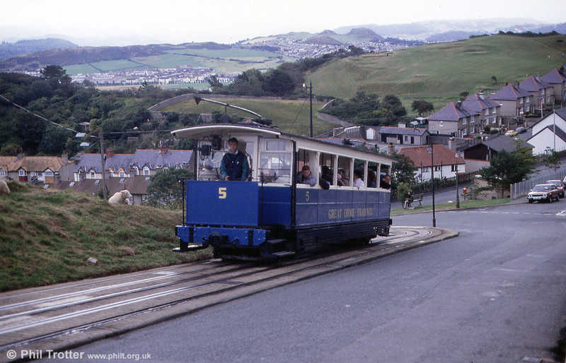 Car 5 on the interlaced track at Ty Gwyn Road on 5th September 1990.