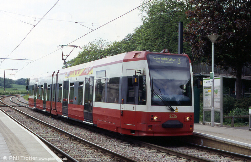 Croydon Tramlink car 2536 at Gravel Hill, 15th May 2004.