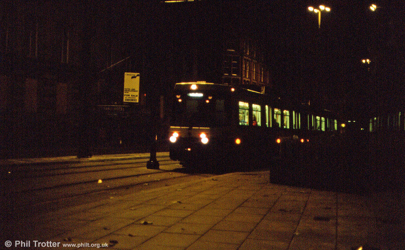 A night shot of 1005 in Aytoun Street on 8th November 1992.