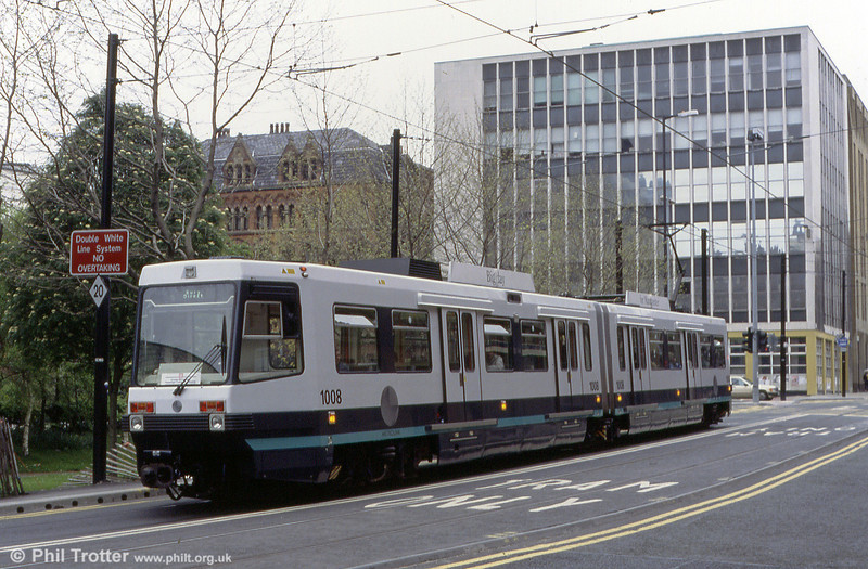 Car 1008 in Moseley Street on 22nd April 1992.