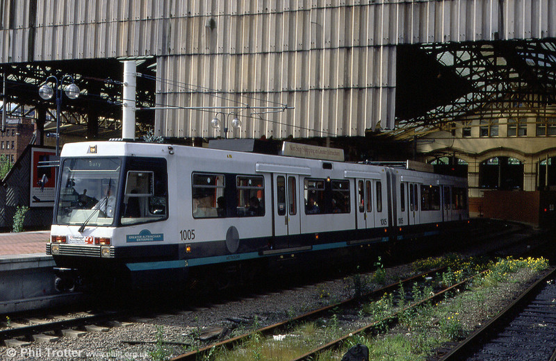 1005 'Greater Altrincham Enterprise' at Victoria on 5th June 1994.