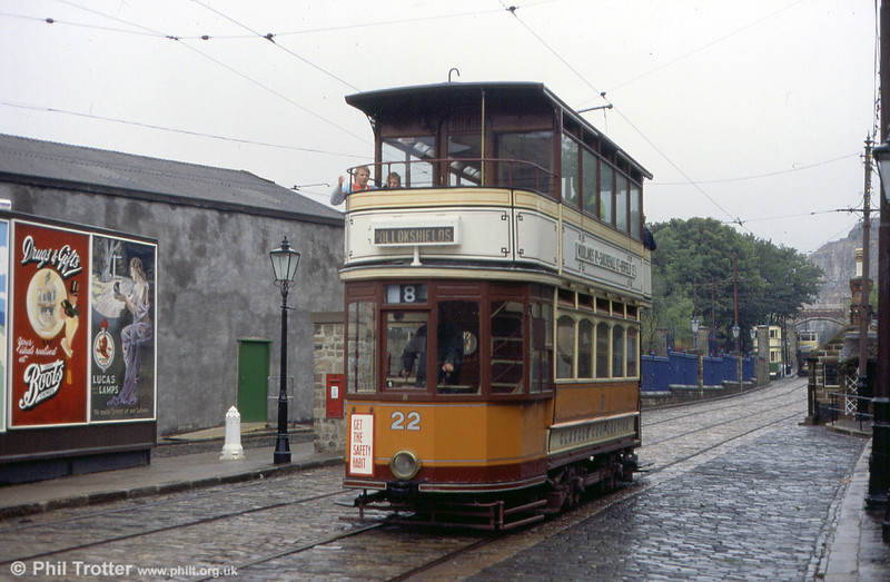 Glasgow 22 displays its pre 1930 condition with a short roof and open balconies on September 1991.