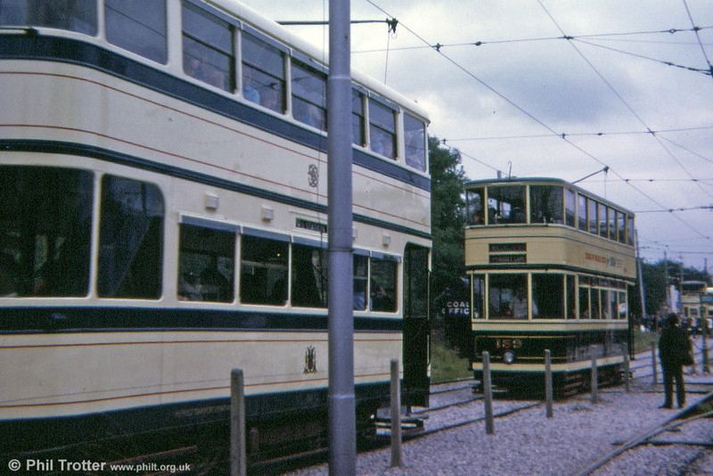 A September 1974 shot at Crich, with Sheffield cars 264 and 189 in operation.